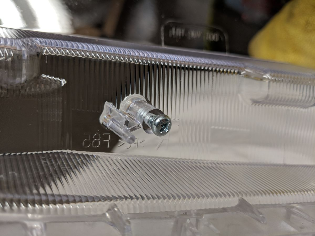 Screw in lens for safe keeping