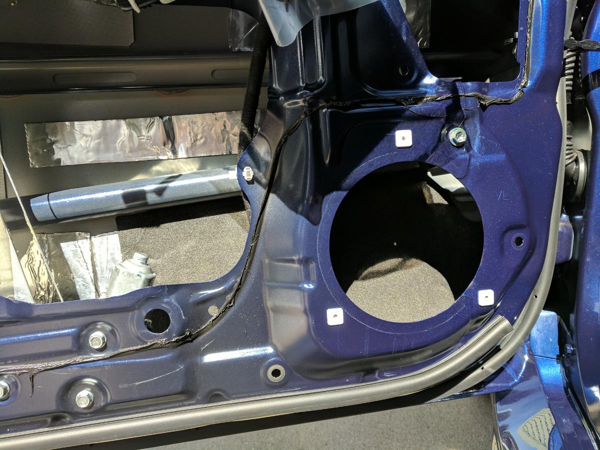 BXT-II applied behind the speaker