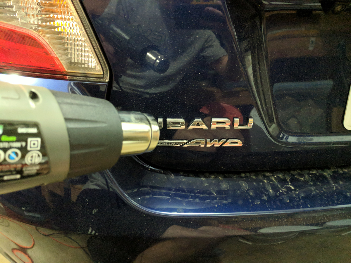 Heating the driver's side badging